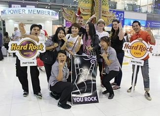 The lucky winners pose for a photo at Bangkok airport prior to jetting off to London for the Hard Rock Calling 2012 concert.