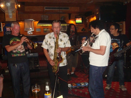 (L to R) World-famous trumpet player Roddy Lorimer, Craig W. Smith on saxophone and Dexy D'Angelo on trumpet joined Pop's Pattaya All Stars for an amazing jam session that had everyone cheering and wanting more.
