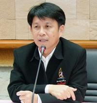Deputy Governor Pakhornthorn Thienchai.