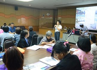 Buppa Songsakulchai of the Pattaya Public Health Department trains 97 area residents to become village health volunteers.