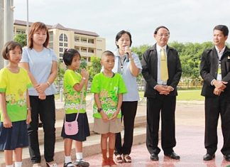 Officials in Rayong are working to stem the spread of hand, foot and mouth disease.