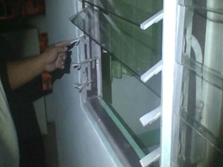 Police found the thieves had pried open three louvered windows and crawled through the opening.