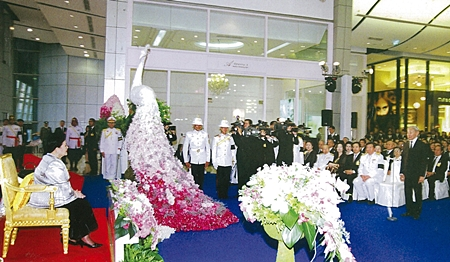 "4 August, Her Majesty the Queen presiding over the Opening Ceremony of the Royal Project Fair ""42"" , at the Central World Shopping complex, Pathum Wan District, Bangkok."