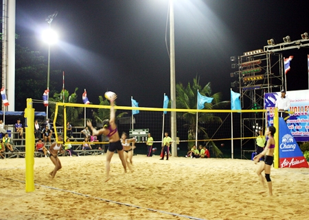 Exciting action on finals day at the Pattaya Beach Volleyball open 2012.