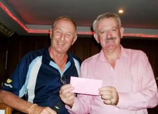 Sunday's winner Paul Bray, right, with golf manager Colin Davis.