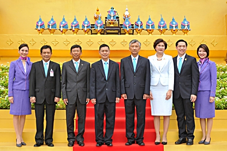 Also attending the ceremony were Flt. Lt. Montree Jumrieng (2nd from left), THAI Executive Vice President & Managing Director of the Technical Department; Pandit Chanapai (3rd from left), THAI Executive Vice President of Commercial, Sqn. Ldr. Asdavut Watanangura (5th from left), THAI Executive Vice President of Operations; Wasukarn Visansawatdi (6th from left), THAI Executive Vice President of Finance and Accounting; and Niruj Maneepun (7th from left), THAI Executive Vice President of Corporate Secretariat Department.