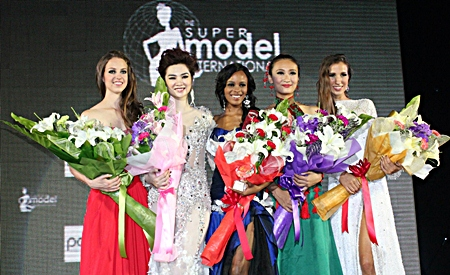 (L to R) Ruby Colle from New Zealand (4th Runner Up), Ngoc Oanh from Vietnam (3rd Runner Up), Reabetswe Sechoaro from South Africa (winner), Zhang Jiahui from China (1st Runner Up), and Bruna Filipa Monteiro from Portugal (2nd Runner Up).