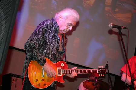 Len Tuckey, lead guitarist for BBLT, has the crowd screaming for more.