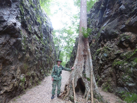 Young Marines leader Jim Coomes in Hellfire Pass.
