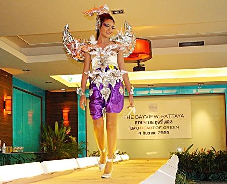 "Kanchana Duangmokphanao wins top prize for a dress she called ""Hiranyakinnaree""."