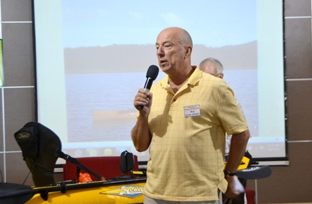 Roy Albiston calls on any new visitors to introduce themselves before opening up the Open Forum at the PCEC meeting where expats can ask or answer questions about expat living in Thailand.
