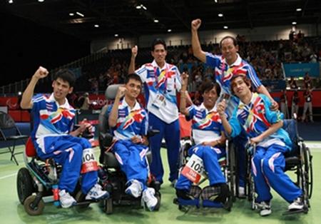 Thailand's victorious gold medal winning 4-man boccia team.