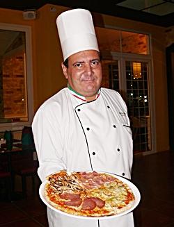 Chef Claudio Viale.