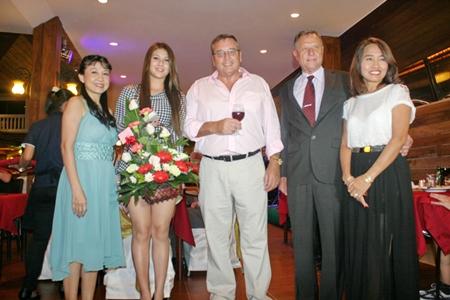 The Pedersens, Sudasawan, Natasha and Kurt (2nd right) congratulate Ib (center) and Kannikar (right)