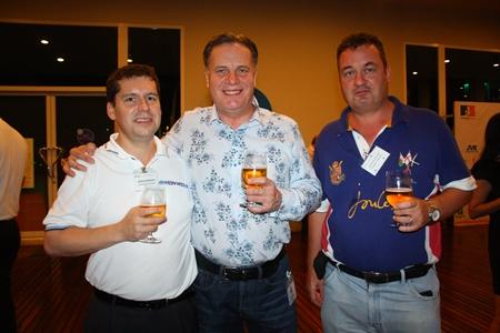 (L to R) John Anderson, AustCham President; Simon Matthews, Country Manager Thailand, Manpower Group and Joe Barker-Bennett from CrestCom-Traincom.
