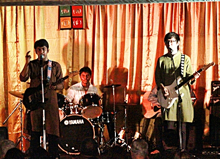 School band 'Hat Trick' staged a special show for Diwali night.