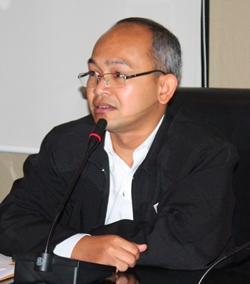 National Village and Urban Community Fun Director Thonnachai Bunmak.