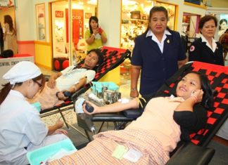 Good citizens donate blood to the Banglamung Red Cross at Central Center with the intention of aiding children with blood diseases.