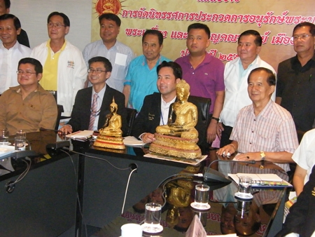 Officials announce the Buddhist amulet preservation show Oct. 27-28 at the Pattaya Indoor Stadium.