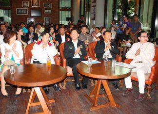 (L to R) Bundarik Kusolvitya, president of THA Eastern region; Amnuay Thiemkeerakul, director of TAT's Asian Marketing Division; Mayor Itthiphol Kunplome; PBTA president Wiwat Pattanasin; and Athapol Vannakit, director of TAT's Pattaya office.
