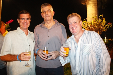 (L to R) Bill Gray from Custom Homes, Terry Fitzsimmons from Pattaya Exclusive Properties and Philip Thompson, Sales Manager for Paradise Ocean View Pattaya.