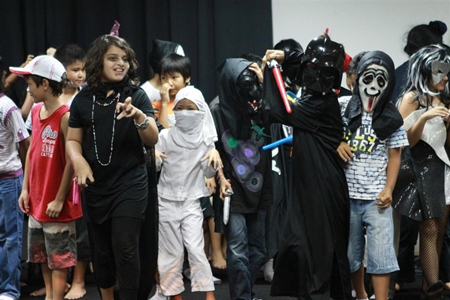 Primary student display their spookiest moves.