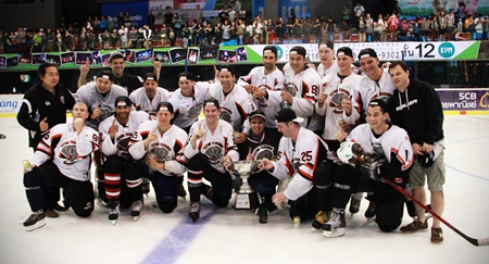 2012 Land of Smiles tournament champions – The Flying Farangs.
