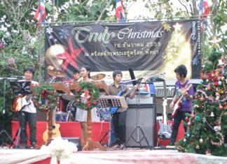 Jomtien Beach's Church of Jesus Christ celebrates Christmas with music, dance, food and drink, plus a charity raffle to help those less fortunate.