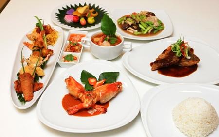 Delicious Thai cuisine at Cascade.