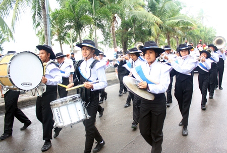 A Pattaya school marching band leads marchers down Beach Road in the opening parade.