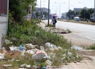 Is it time to start enforcing the littering fines here in Jomtien?