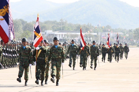 Armed forces in Sattahip march to commemorate Armed Forces Day.