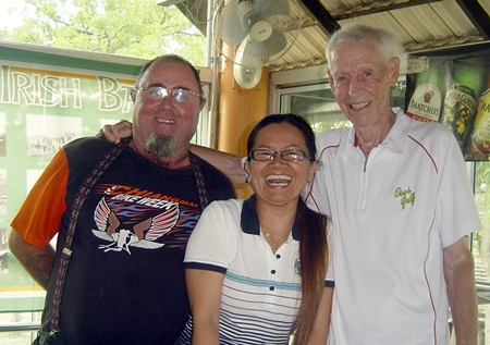 Owen Walkley and Kurt Erik Persson with Mulligans ting tong girl.