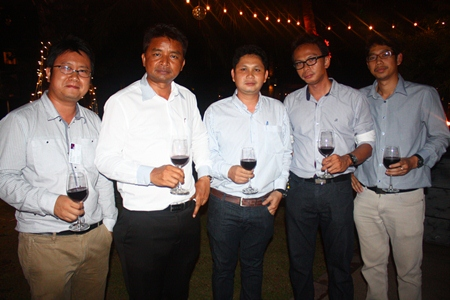 (L to R) Operation Director Chaiwat Sukmaitree, Managing Director Peera Thaweechart, Boonyiem Sukhuen, Project Manager Samran Tapsay, and General Manager Premchai Boontam, all from Albatross Logistics Co., Ltd.