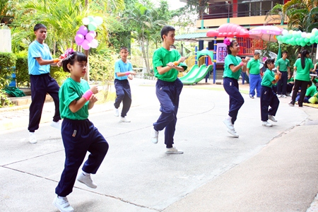 Blind children at the school get caught up in the Gangnam style dance craze.