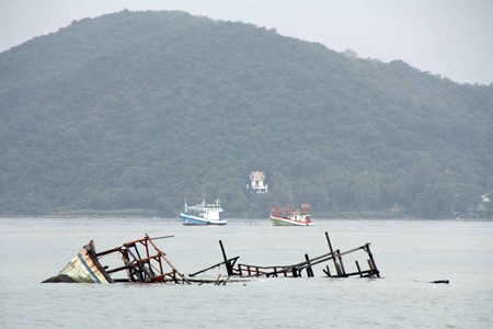 The January 28 storm was too much for 4 fishing vessels in Sattahip Bay.