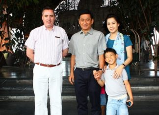 Pol. Gen. Priewpan Damapong (centre), former Commissioner General of the Royal Thai Police, together with his family Sawitree and Patis made the Centara Grand Mirage Beach Resort their home on their recent vacation to the resort. They were received by Paulo De Matos (left), Executive Assistant Manager.