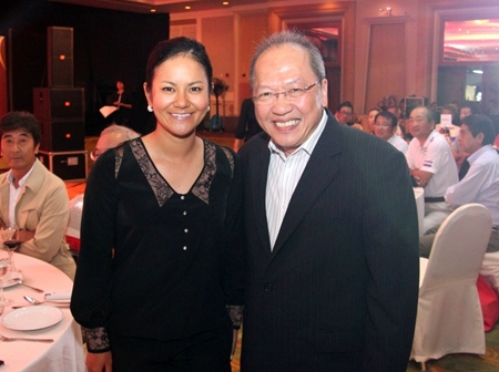Chatchawal Supachayanont (right), GM of the Dusit Thani Pattaya poses with Ai Miyazato from Japan, winner of the Honda LPGA Thailand 2010 who donated her autographed driver that fetched 100,000 baht at the Charity Night Auction and Gala Dinner.