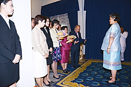 Chatchawal Supachayanont (right), GM of Dusit Thani Pattaya together with his management team were granted an audience by HRH Princess Maha Chakri Sirindhorn at the Chitralada Palace recently, where he presented a donation to supplement the Chai Pattana Foundation under the patronage of HM the King. This annual donation by the hotel staff and management will benefit the needy people by creating sustainable livelihood projects for them.