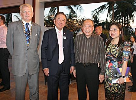 (L to R) SI Thailand President Andrew Wood, Senator Sutham Phanthusak, Chatchawal Supachayanont, GM of Dusit Thani Pattaya and Yuwathida Jeerapat.