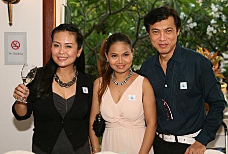 (L to R) Rungratree Thongsaai, Phimjai Waddell and Pichai Visutriratana
