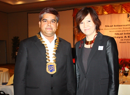 Tony Malhotra with Bundarik Kusolvitya, President of THA Eastern Chapter.