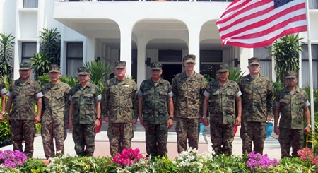 Top brass from the Thai and USA Marines meet to wrap up this year's Cobra Gold.