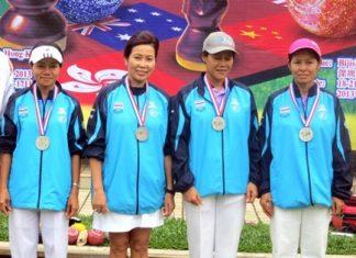 Pinthong Pearce, Songsin Tsao, Thong Oomen and Orawan Sodok.