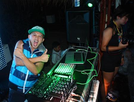 DJ Van rock the Beach Foam X Party at Hard Rock Pattaya.
