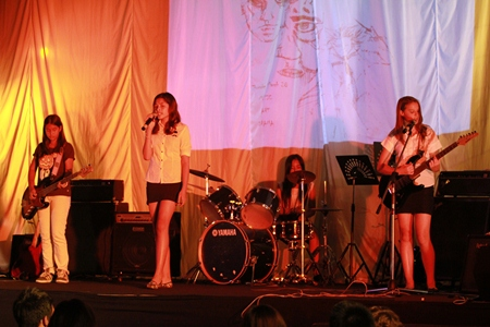 The Year 8 girls put on a great performance.