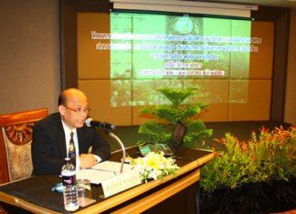 Asst. Prof. Kriangsak Phramphan.
