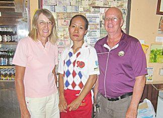 Tuesday winners Brian Parish & Carole Kubicki with one of Bert's staff.