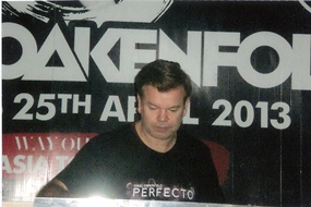Paul Oakenfold plays the Narz club in Bangkok, Thursday, April 25, 2013. (Photo/ Klaus Kaschel)