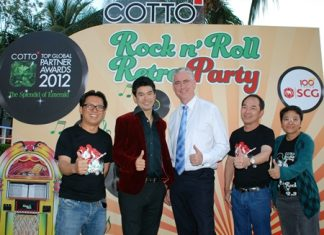 To celebrate a most successful 'Cotto Top Global Partner Awards 2012' event, the company which is part the SCG Group held a Rock 'n Roll party at the Tavern by the Sea, Bar & Restaurant recently. Guests included (l-r) Sarawut Samransup (MD of Siam Sanitary Ware Co., Ltd.), Vasu Saengsingkaew, 'Elvis Presley', Brendan Daly (GM of Amari Orchid Pattaya), Thanasak Sakrikanont (Marketing Manager of Siam Sanitary Ware Co., Ltd.), and Panida Chollasin (International Sales Manager at Siam Sanitary Ware Co., Ltd.).